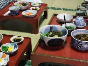 メインは若竹煮とヒジキ煮。