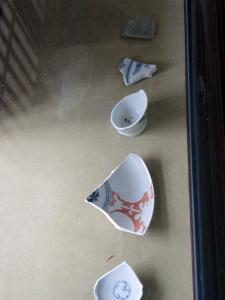 津屋崎陶片ミュージアムのディスプレイ棚がきました。