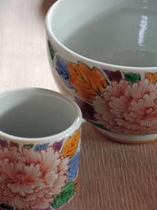 錦牡丹文茶碗