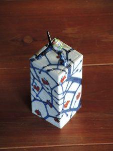 藤吉憲典、鳥陶箱