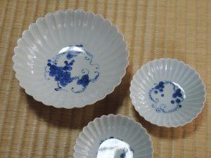 藤吉憲典 染付葡萄文菊型皿