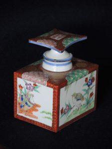藤吉憲典 金襴手角瓶