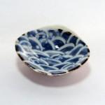 続々豆皿。貝に青海波。