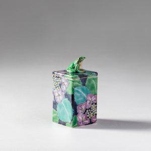 紫陽花とアマガエル陶箱 藤吉憲典