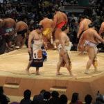 鶴竜関、日本国籍取得。