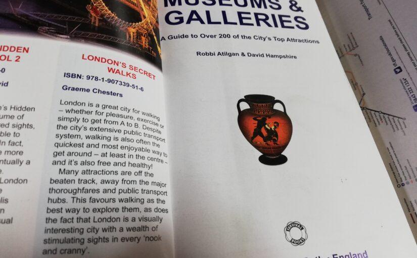 『LONDON'S SECRETS MUSEUM & GALLERIES』(Survival Books)